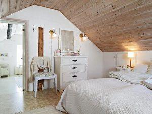 attic-room-21
